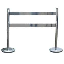 Kit 2 poteaux de délimitation avec 2 barrières