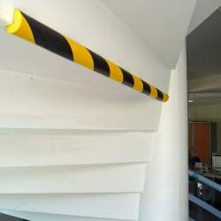 Protection d'angle 90° en mousse pour poteau ou pilier