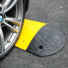 Ralentisseur jaune et noir (photo avec embout, à prendre en accessoire)