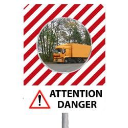 Miroir de sécurité avec message attention danger